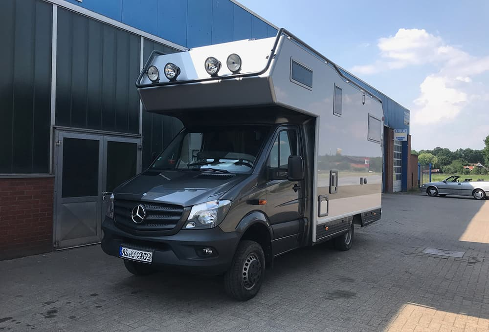 Motorhome Mercedes Sprinter with alcove and reinforced shock absorbers