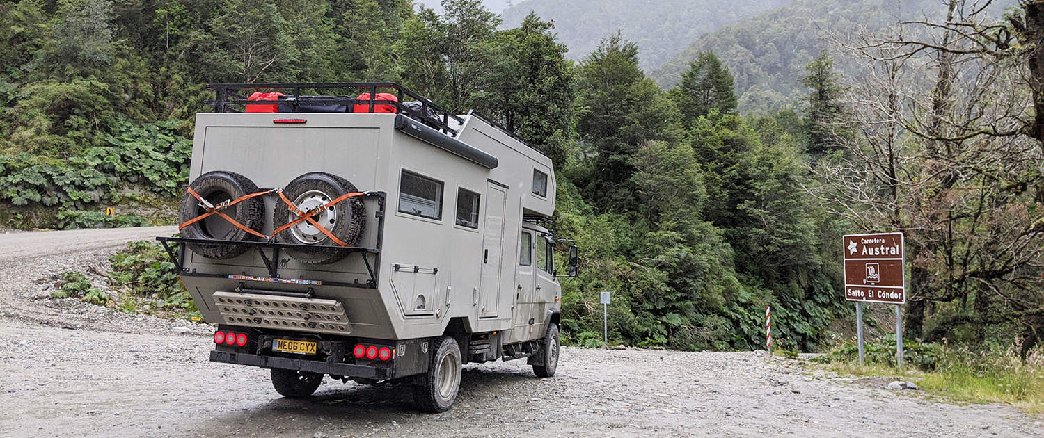 Expedition vehicle Mercedes Vario with heavy duty shock absorbers