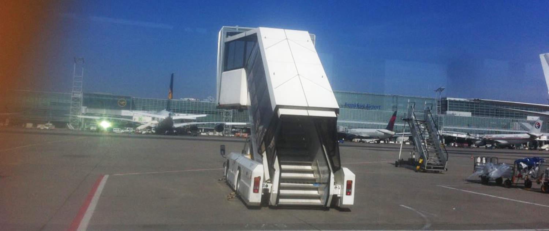 Reinforced shock absorbers for passenger boarding bridges