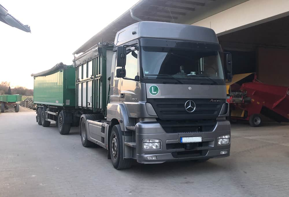 Mercedes Arox with reinforced shock absorbers